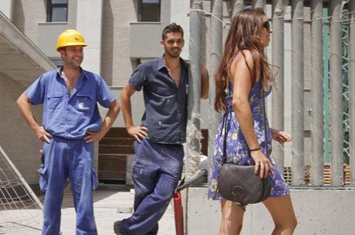 El típico obrero, el primero que se nos viene a la mente cuando pensamos en los piropos.