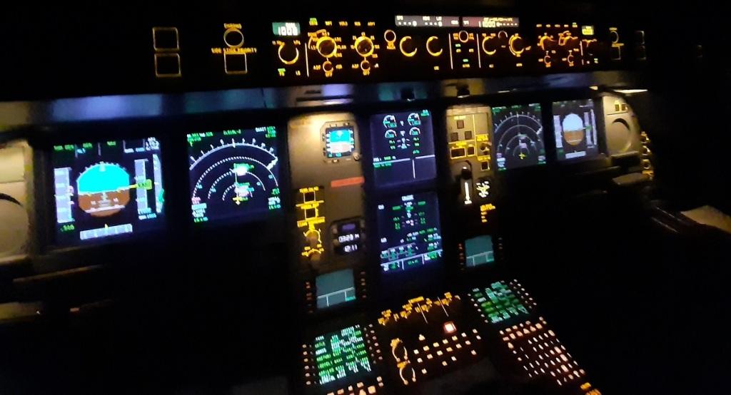 Mandos de la cabina del piloto | Antonio Alonso (Comandante en Iberia)