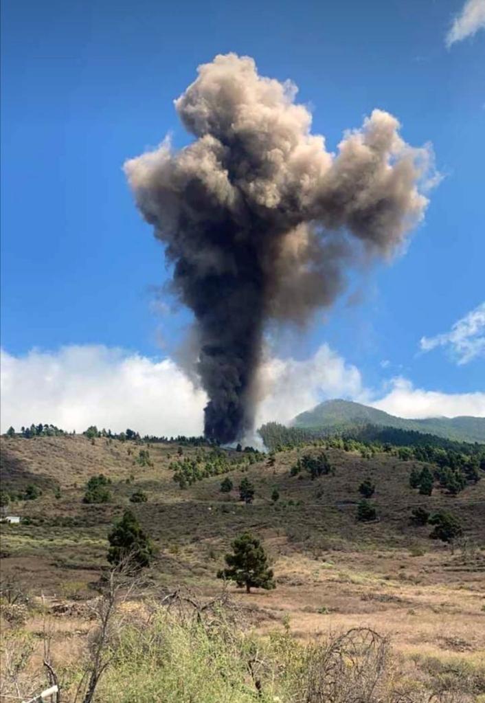 Volcanes, geología y periodismo | Por Enrique Ortega Gironés. En Entrevisttas.com