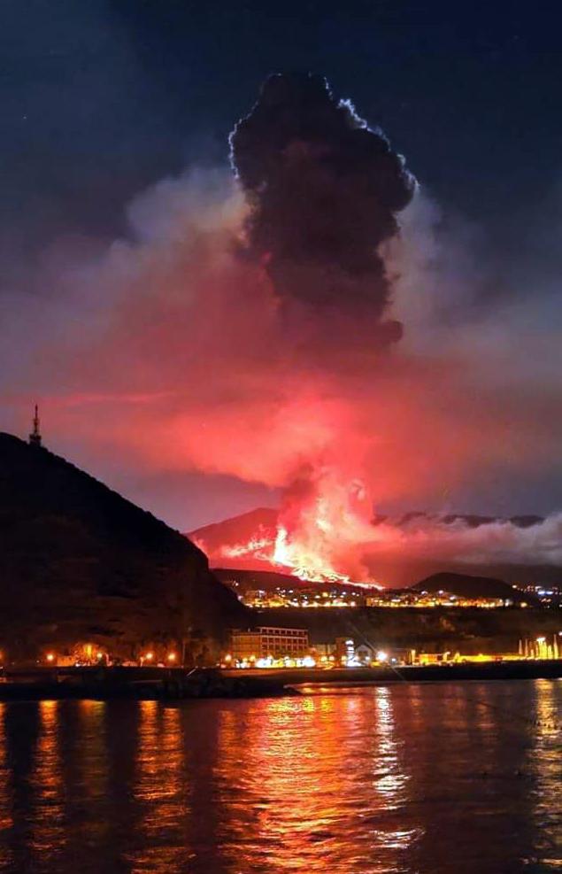Volcán Cumbre Vieja en la isla de La Palma